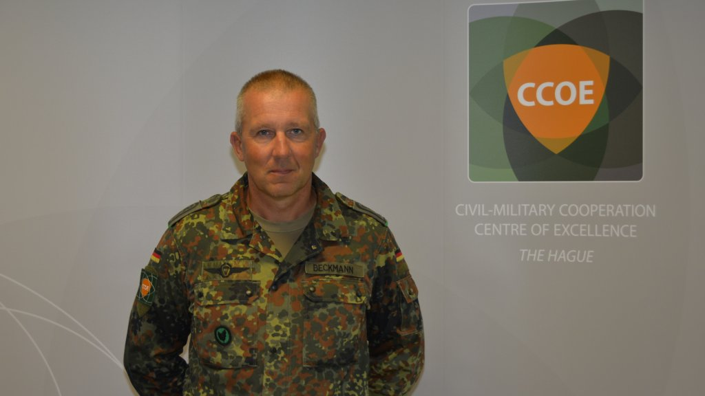 Career Airborne Ranger turns CIMIC at the CCOE